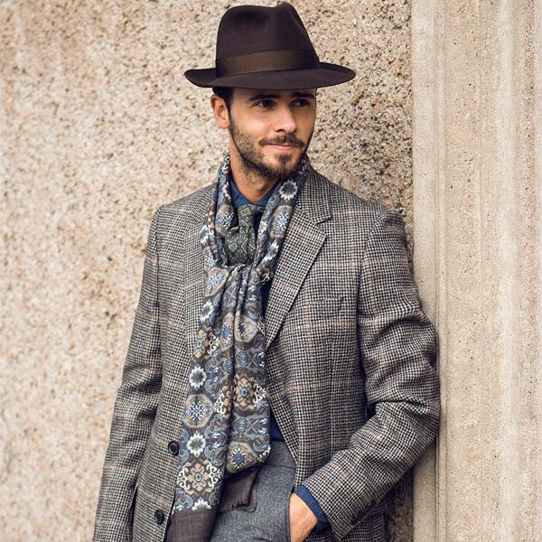 Den mønstrede frakken