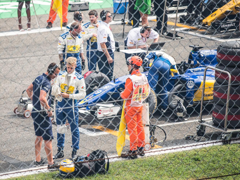 Marcus Eriksson i Milano innan race