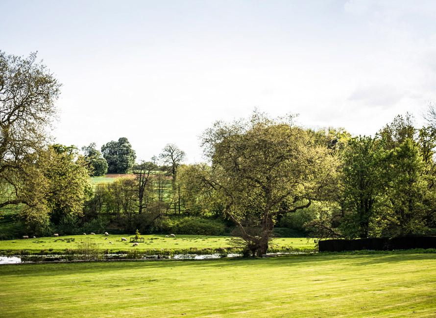 Böljande grönt landskap i Northampton