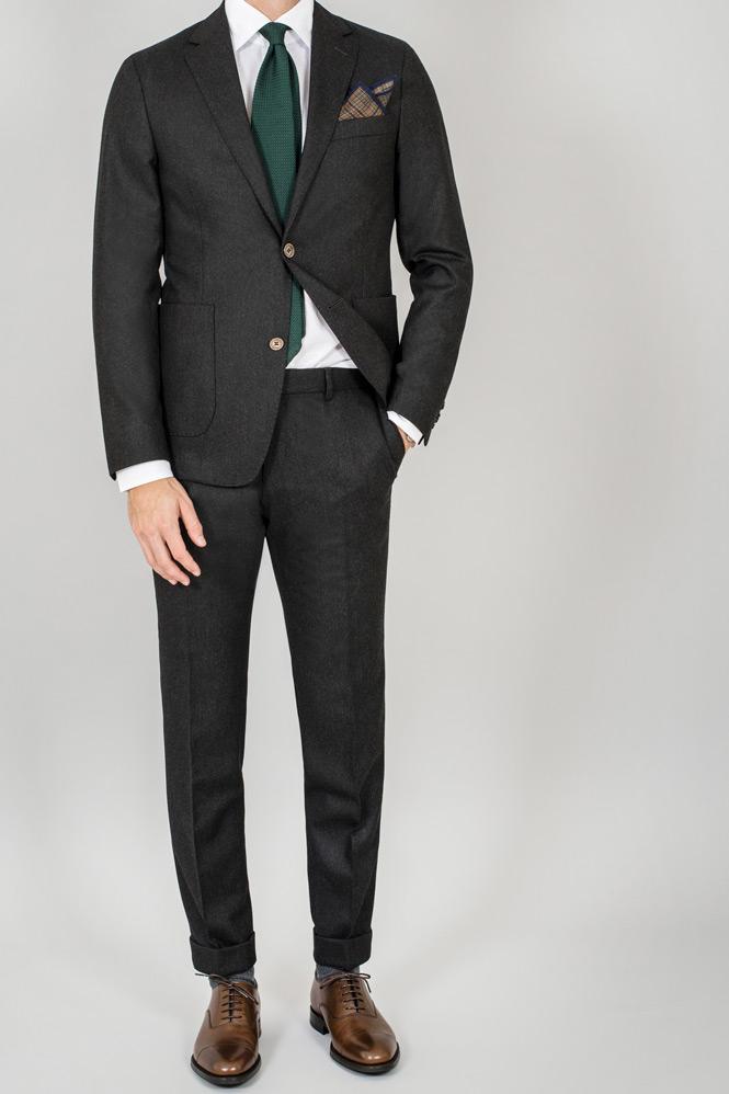 Så Lyckas Du Dressa Ned En Kostym Med Stil