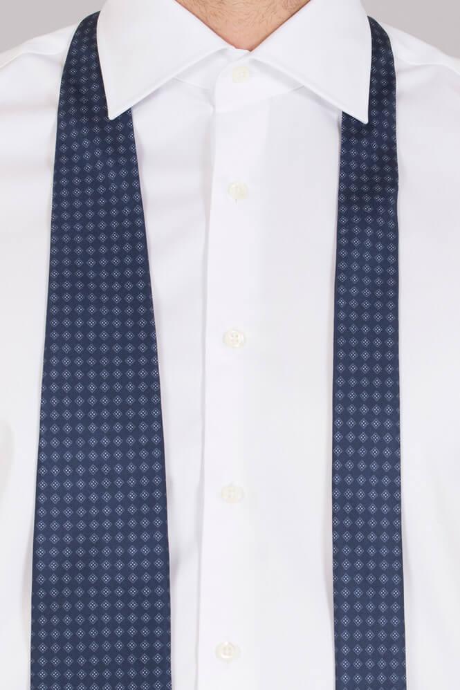 Skjortan som stryker sig sjalv nu finns den