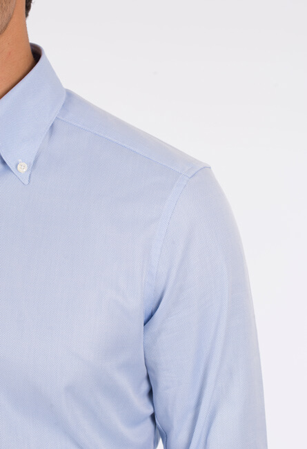 Axelbredd på skjorta