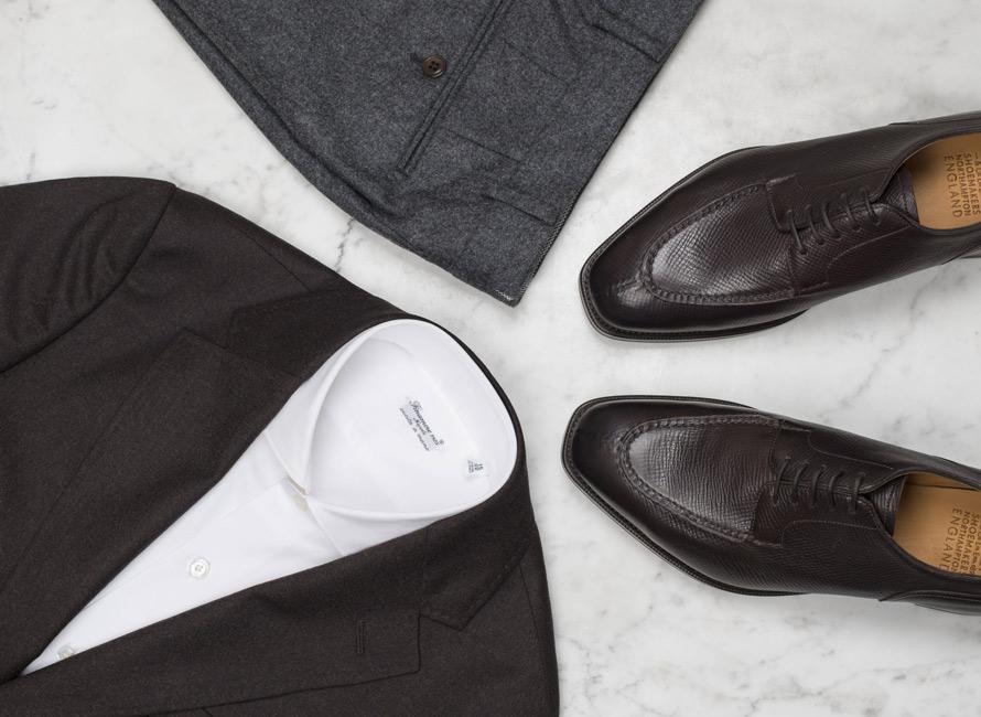 a5db015dd931 Så kombinerar du dressade skor med en ledigare stil | CareOfCarl.com