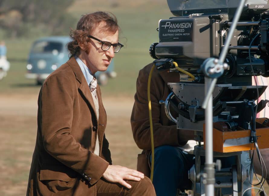 Woody Allen i manchesterkostym