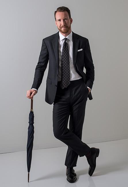 4b854da9 Klädkoden: Mörk Kostym | CareOfCarl.com