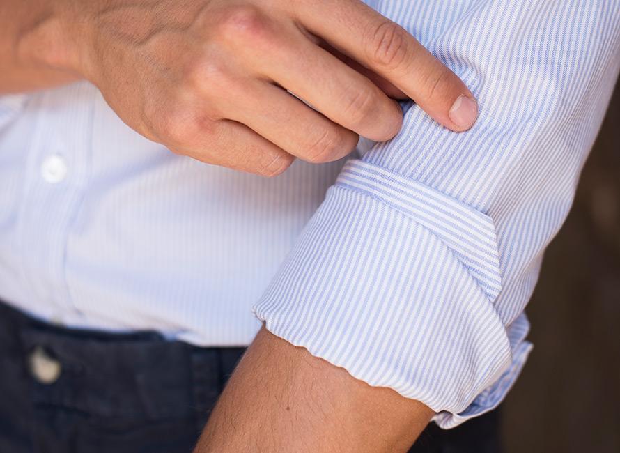 Trinn for trinn: Hvordan brette opp skjorteermene